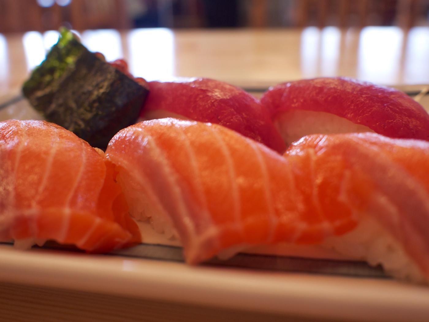 新鮮な魚でしょ 腹が減ったので、昼飯を食いに出かけました。 都内から房総半島にレッツゴ... 房